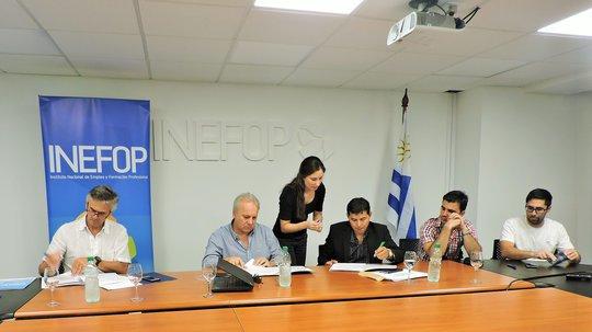 INEFOP firmó convenio para Creación del Centro de formación de talento humano para la industria química y farmacéutic