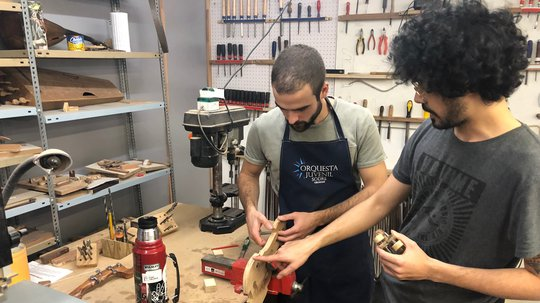 INEFOP contribuye con el desarrollo cultural y la inclusión social apoyando talleres de instrumentos de cuerda
