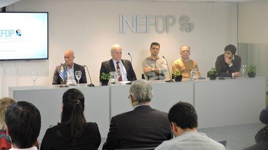 INEFOP y CEFORTH entregaron certificados correspondientes a cursos vinculados con la industria farmacéutica