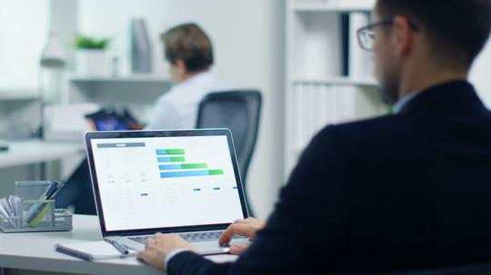 Capacitación estándar: nuevo instrumento para empresas